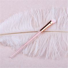Follome Professional Eyeshadow Brushes Eye Shadow Contour Pencil Brush Makeup Tool Top Qaulity for Women. Yesterday's price: US $1.60 (1.31 EUR). Today's price: US $1.60 (1.31 EUR). Discount: 20%.