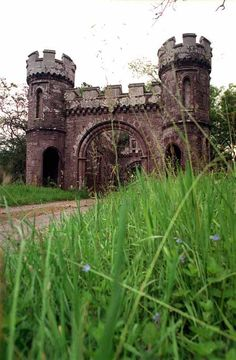 Abandoned Scotland | The abandoned gatehouse at Monzie Castle near Crieff .