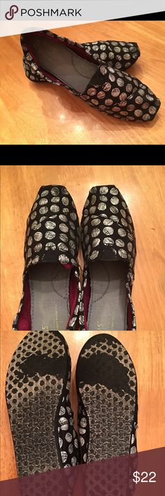 Toms Scribble Dots. EUC Size 7.5. Black/Silver Toms size 7.5. Black with silver scribble dots. Excellent condition. No wear other than what is shown on the bottoms. Very clean and upper is perfect. Smoke Free Home! TOMS Shoes Flats & Loafers