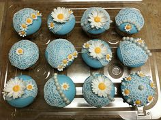 All sizes | Cupcakes with sugar veil, via Flickr.
