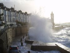 Porthleven - photo courtesy of Sebastian de Gange