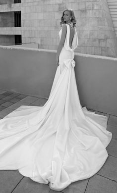 wedding gown / Galia Lahav