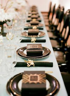 gatsby inspired place settings and favors