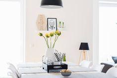 dining room - living room - Esszimmer - Wohnzimmer - decoration - Dekoration - Einrichtung - interior - black and white - skandinavisch - scandic - scandinavian