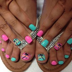 Summer toes 40 best summer toe nail art for 2020 fingernails aren t the only place for nail arttry these toe designs Pretty Toe Nails, Cute Toe Nails, Toe Nail Art, Fun Nails, Finger Nail Art, Ring Finger, Cruise Nails, Summer Toe Nails, Beach Toe Nails