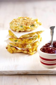 Mieliekoekies is altyd heerlik vullend! Diet Smoothie Recipes, Diet Soup Recipes, Corn Recipes, Vegetarian Recipes, Cooking Recipes, Healthy Recipes, Braai Recipes, Yummy Recipes, Kos