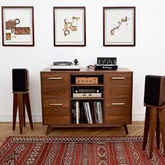 Vinyl sounds so good on rainy days.