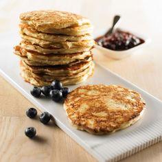 Brunchpandekager opskrift med havre - se her Tapas, Pancakes, Side Dishes, Food And Drink, Snacks, Sweets, My Favorite Things, Breakfast, Desserts