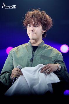 Messy hair GD  #BIGBANG #MADETOUR