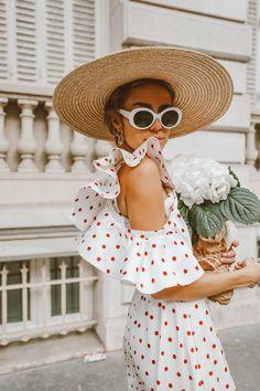 Polka Dots In Paris Parisian style polka dot dress flutter sleeve dress ruffle dress white sunglasses straw hat sun hat stylish straw hat outfit stylish summer outfit Boho Fashion Summer, Boho Summer Dresses, Boho Style Dresses, Summer Dress Outfits, Spring Outfits, Spring Fashion, Maxi Dresses, Flower Dresses, Boho Dress