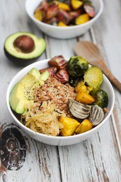 Vegan Farro & Winter Veggie Bowl // apolloandluna.com Best Vegan Recipes, Gf Recipes, Vegetarian Recipes, Free Recipes, Vegan Dinners, Entrees, Main Dishes, Veggies, Cooking