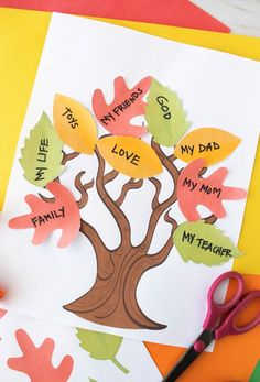 Miami mom Simply Bessy shares how to make an easy Thankful Tree Craft for Thanksgiving with Free Printable templates included. Thanksgiving Tree, Thanksgiving Crafts For Kids, Fall Crafts, Holiday Crafts, Thanksgiving Coloring Pages, Thanksgiving Activities, Leaf Template Printable, Printable Crafts, Leaf Crafts