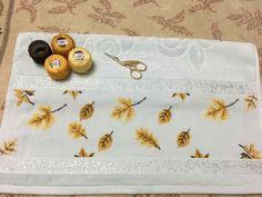 Kanavice Wool Embroidery, Cross Stitch Embroidery, Cross Stitch Flowers, Modern Cross Stitch, Cross Stitching, Diy Fashion, Fall Decor, Diy And Crafts, Lily