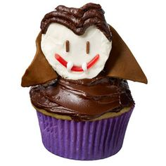 Fangtastic Dracula Cupcake