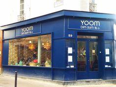 YOOM, bleu indigo et imprimés rétro-asiatiques pour cette belle cantine à DIM SUM au 59 rue des Dames 75017 Paris