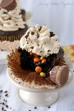 Chocolate & Peanut Butter Surprise Cupcakes
