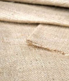 Super cheap place to purchase burlap for wedding table runners