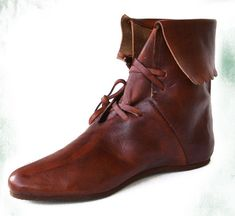 Medieval Boots, Medieval - Medieval Clothing - Medieval shoes boots - Cuffed bootie decorated. Anti-slip rubber sole.