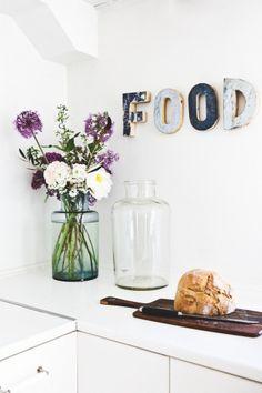 Siempre flores en mi hogar y por qué nó en la cocina tambien...!