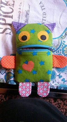 Cute monster zipper pouch - inspiration :)