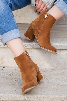 Bootie Kısa Topuklu Süet Bot Modeli TLT120117 https://buayakkabi.com/bot-modelleri #bot #bootie #buayakkabi #botmodelleri #botlar #bayanbot #kışlıkbot #shoes