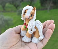 Genuine and original polymer clay sculpture designed and handmade with love by Elisabete Santos Cute Polymer Clay, Polymer Clay Animals, Cute Clay, Polymer Clay Dolls, Polymer Clay Charms, Diy Clay, Clay Crafts, Polymer Clay Sculptures, Sculpture Clay