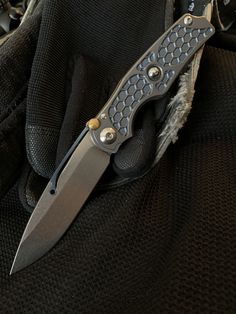 Knives And Tools, Knives And Swords, Edc Knife, Pocket Knives, Weapons Guns, Tool Steel, Black Labs, Tactical Knives, Knife Making