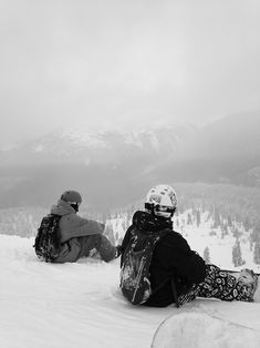 Winter in the Adirondacks – Enjoy the Great Outdoors! Snowboarding Outfit, Snowboarding Women, Snowboarding Quotes, Snowboarding Photography, Summer Vacation Spots, Fun Winter Activities, Winter Hiking, Winter Pictures, Ski And Snowboard