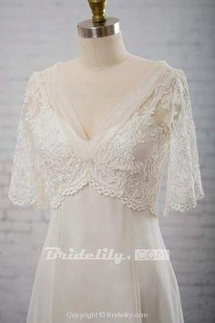Wedding Dress For Short Women, Wedding Dresses Plus Size, Plus Size Wedding, Moms Wedding Dresses, Tulle Wedding, Boho Wedding Dress, Weird Wedding Dress, Delicate Wedding Dress, Woodsy Wedding