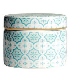 Porcelain jar by H&M Home