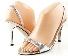 CAPARROS SOLARIS Silver Metallic Womens Designer Open Toe WEDDING Sandals 7.5