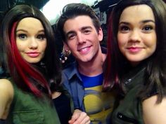 Twitter fowllow John dluca on twitter John on the set of Jessie with Debby rain and mia   Mitchell