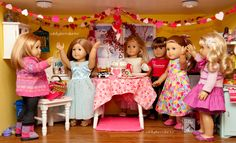 Dolly Dorm Diaries ~ Valentine's Day Party 2014