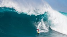 When a big northwest swell came steaming out of the North Pacific and hit Jaws, a crew of big-wave hellmen (and woment) took full advantage of pristine 20-foot conditions.