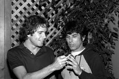 Bob Weir and Mickey Hart - Grateful Dead Phil Lesh And Friends, Jerry Garcia Band, Mickey Hart, Grateful Dead Music, Dead Pictures, Bob Weir, Dead And Company, Hippie Culture