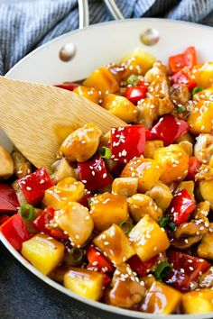This pineapple chicken is a stir fry of chicken, pineapple and vegetables all tossed in a sweet and savory sauce. Serve this Chinese style pineapple chicken over rice for an easy dinner that everyone will love! Pineapple Chicken Stir Fry, Chicken Over Rice, Grilling Recipes, Cooking Recipes, Wok Recipes, What's Cooking, Easy Recipes, Easy Healthy Dinners, Healthy Recipes