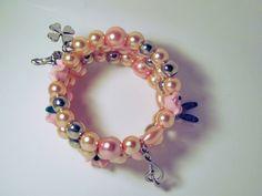 Spiralarmreife - Wickelarmband rosa Töne mit Charms - ein Designerstück von glastropfen bei DaWanda