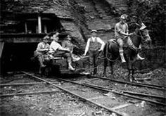 Granville Automatic - Tacoma Coal Line Vintage Photographs, Vintage Photos, Appalachian People, Structural Drawing, Coal Miners, Canada Images, Mining Equipment, The Old Days, My Heritage