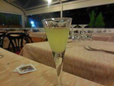 食後のレモンリキュール