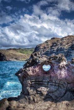Heart Shaped Rock, near Makena Blowhole, Maui,