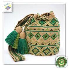 10 отметок «Нравится», 1 комментариев — Wayuu Bags &Bikini etc. (@wayuukiss) в Instagram: «Wayuu bag one strand รุ่น Premium quality ⭕️Sold out⭕️ •ฐาน 7นิ้ว สูง 8นิ้ว •สายยาว 110 cm. •ฟรี…»