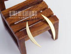 Dainty Crescent earrings, Crescent moon, moon earrings, moon jewelry