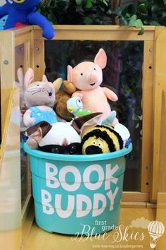 Book buddies for classroom reading. Keep a bin in your classroom library area to keep all of your character stuffed animals.Book buddies for classroom reading.Reading independently is not so independent anymore :) Store book buddies in a tubBuild a First Grade Classroom, Classroom Setting, Classroom Design, Future Classroom, Reading Corner Classroom, Book Corner Eyfs, Kindergarten Reading Corner, Classroom Projects, Classroom Ideas