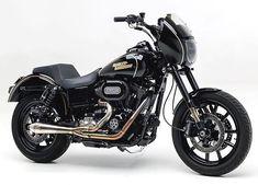 The highest quality ingredients! Harley Dyna, Harley Davidson Dyna, Harley Davidson Street, Harley Davidson Motorcycles, Triumph Motorcycles, Custom Motorcycles, Cars And Motorcycles, Harley Wide Glide, Dirt Bike Girl