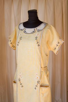 1920's Yellow Gingham Daisy Embroidered Cotton Dress.