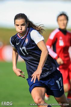 fe9331fcfd0 Tobin Heath  17 Female Soccer Players