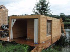 Kaluga Floating Sauna. Location: Juhnovo, CZ; firm: Rintala Eggertsson Architects; year: 2009