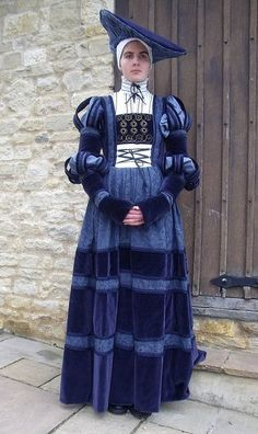 Old Fashioned Clothes : Blue German Renaissance – - Historical Clothing Renaissance Mode, Renaissance Costume, Medieval Costume, Renaissance Fashion, Renaissance Clothing, Medieval Dress, Historical Costume, Historical Clothing, German Costume