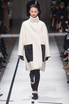 Sportmax, Fall 2017 - Milan's Latest Runway Coats Are Kooky and Fabulous - Photos