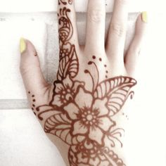 I'd love to try hena